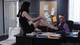 Sexy successful and quite multi-storey secretary Evelyn Claire is pocket watch office sex