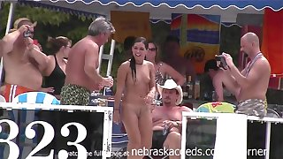 Pole Dancing And Scanty 69 Slide - Public Nudity
