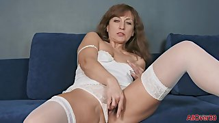 Rafaella Mature Pleasure solo Mom vilify